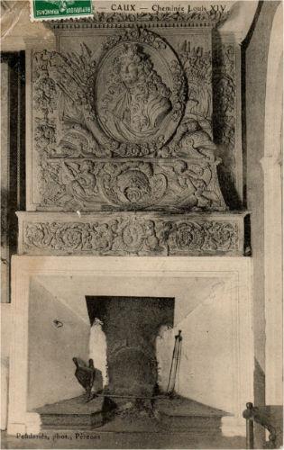 cheminée Louix XIV Caux